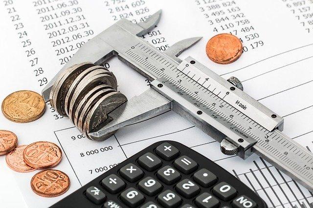 rozpočet a kalkulačka