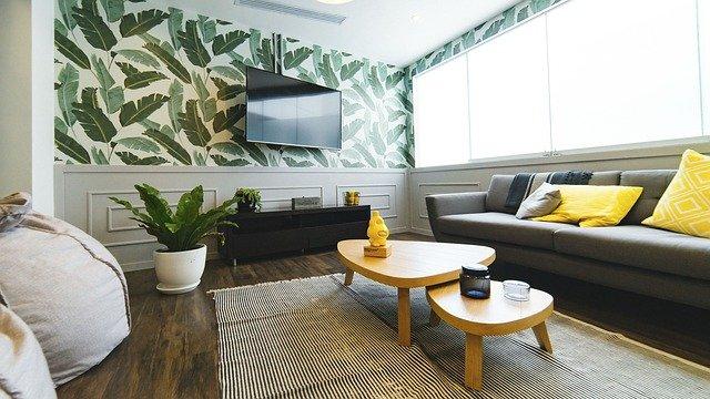 Sedací souprava je dominantní klenot obývacího pokoje