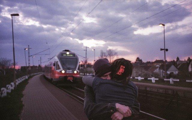 loučení u vlaku